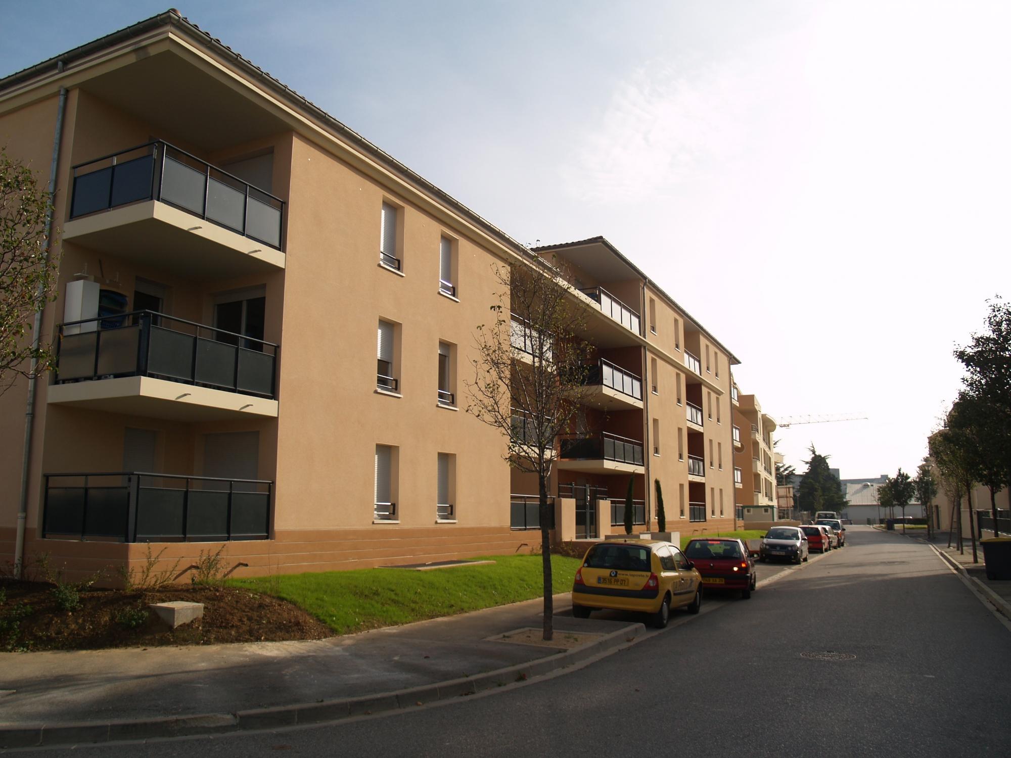 50 logements les terrasses de verlaine valence garin architectes. Black Bedroom Furniture Sets. Home Design Ideas