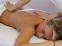 Massage lomi lomi dos femme